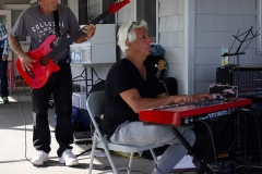 Kim Tetrault and Gil Goldstein jamming at the Picnic